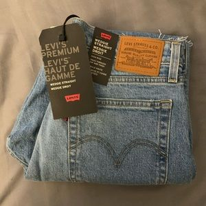 Levi's High Rise Wedgie Straight